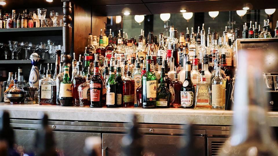 LU: Sechs Betriebe nach Alkoholtestkäufen verwarnt