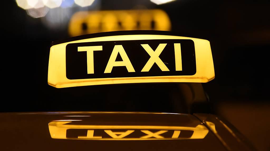 Taxifahrer angegriffen und schwer verletzt