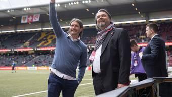 Ein grosser Moment in der Geschichte des FC Thun: Präsident Markus Lüthi (rechts) und Sportchef Andres Gerber vor dem Cupfinal.