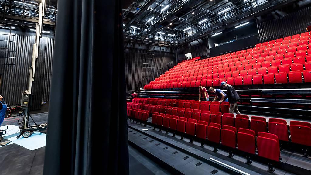 Feierliche Eröffnung des neuen Théâtre du Jura in Delsberg