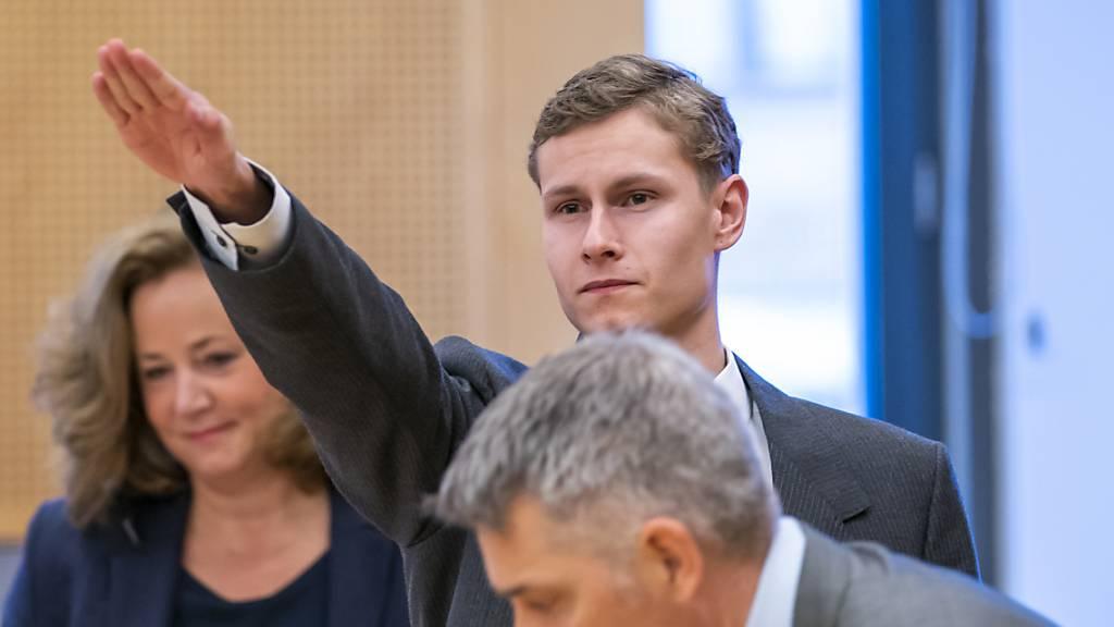 Hitlergruss im Gericht - Prozess gegen Moschee-Angreifer in Norwegen