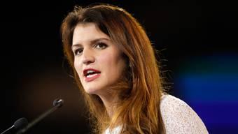 Frauenministerin Marlène Schiappa sieht sich mit Vorwürfen konfrontiert, ihre eigenen Ideale zu verraten.