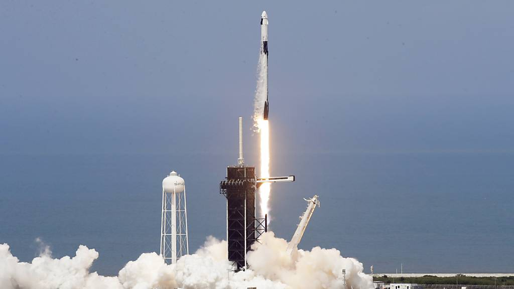 Astronauten von USA aus zu ISS gestartet