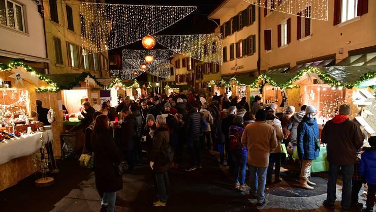 Vor einem Jahr fand der erste Weihnachtsmarkt in der Altstadt Olten statt.