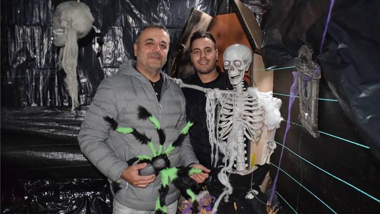 Massimo Stefano und Carlo Damiano jagen Süssigkeiten-Sammlern ab heute Abend einen Schauer über den Rücken. JOL