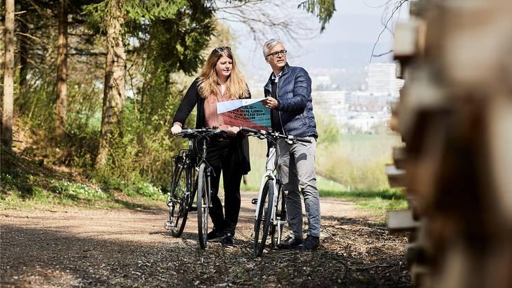 Carmen Simon und Peter Wolf fahren am Samstag mit der Bevölkerung Velo.