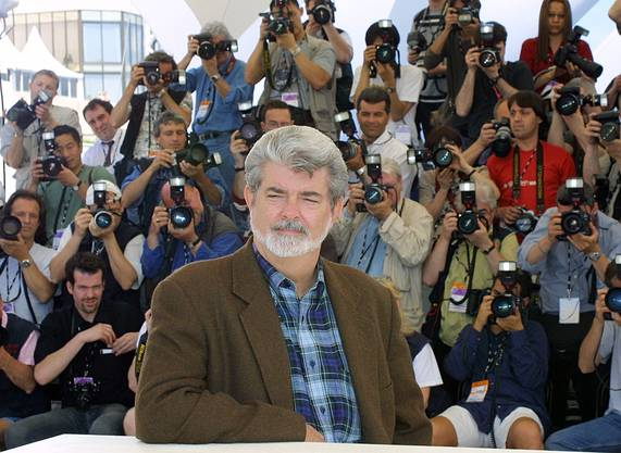 George Lucas vor der Präsentation seines Films «Star Wars: Episode II, Attack of the Clones», 2002.
