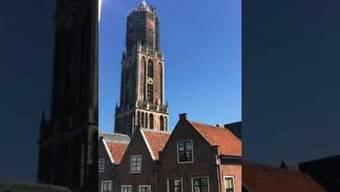 Die Welt trauert um Star-DJ Avicii. In Utrecht liess der Dom die Hits des verstorbenen Musikers noch einmal erklingen.