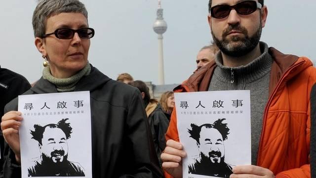 Demonstration für Freilassung von Ai Weiwei in Berlin