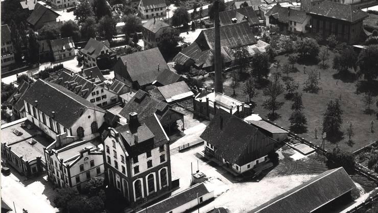 Viele italienische Gastarbeiter arbeiteten in Dietikon in der ehemaligen Salamifabrik Cattaneo. Aufnahme von 1951 / zvg