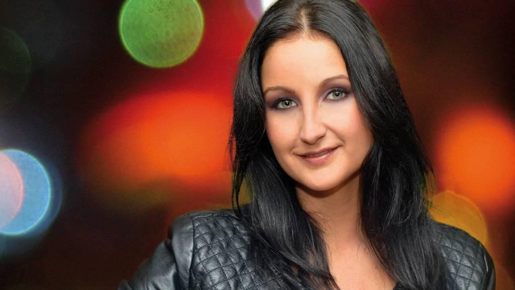 Eva Luginger - Solange du noch rot wirst
