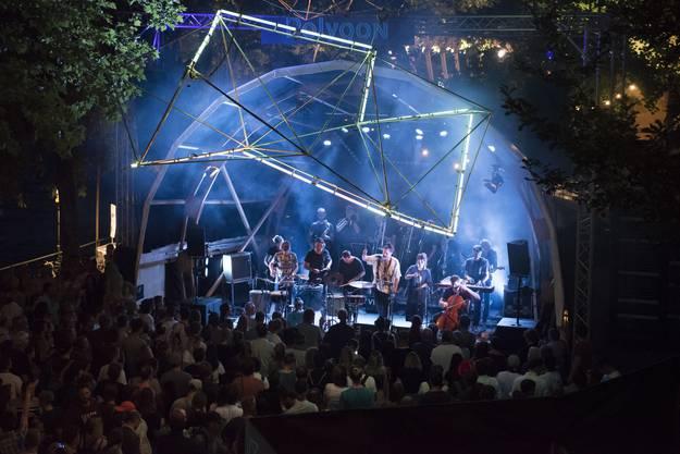 Das Pirmin Baumgartner Orchester trat am Mittwochabend auf der alternativen Bühne auf.