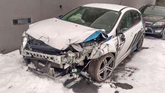 Diesen Ford Focus RS hat der Aargauer Dario S. im Alkoholrausch gekapert und zwei Insassen dabei fast getötet.