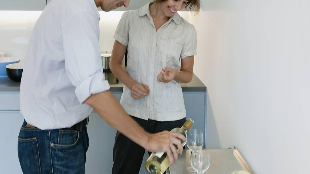 Mehr Wein daheim: Die Weinhändlerin Schuler-Gruppe hat den Umsatz in der Coronapandemie stark gesteigert. (Symbolbild)