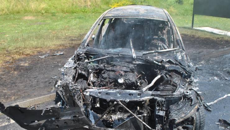 Warum in dem Auto in Neuenkirch LU der Brand ausbrach ist nicht bekannt.