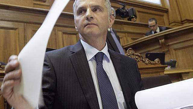 Didier Burkhalter während der Debatte im Ständeratssaal