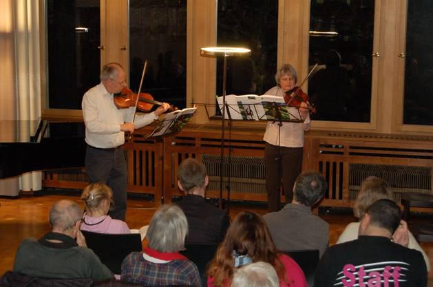 Streicherduo aus der Violinklasse von Markus Lehmann.