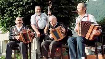 Ländler ist urschweizerisch? Falsch! Was wir heute als Schweizer Volksmusik kennen, hat sich erst im frühen 20. Jahrhundert herausgebildet.KEYSTONE