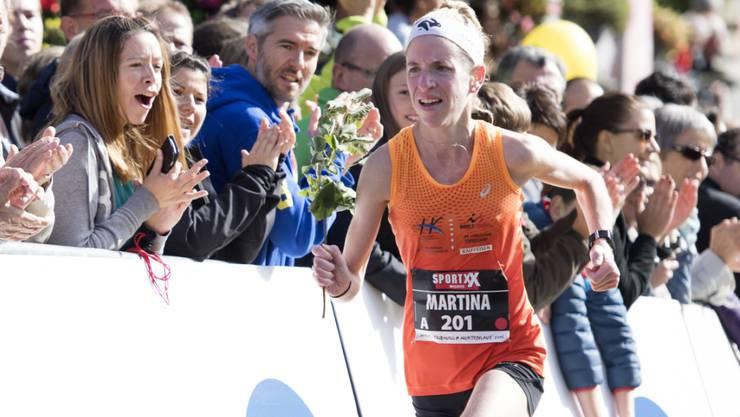 Martina Strähl im Oktober 2016 bei ihrem Sieg am Murtenlauf