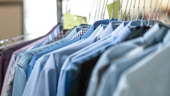 Textilreinigungen haben teilweise nur noch halb so viele Aufträge wie sonst.