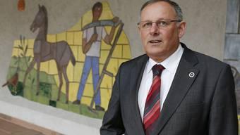 SVP-Kandidat Eduard Rutschmann zeigt sich volksnah.