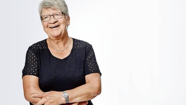 """Für ihren mutigen Sprung in die Thur wird Erna Niedermann mit dem diesjährigen """"Beobachter Prix Courage"""" ausgezeichnet."""