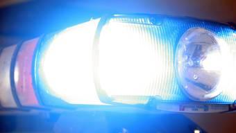 Die Arbeitsumstände der Blaulichtmitarbeitenden sei bei der Einhaltung des Strassenverkehrsgesetzes zu berücksichtigen, mahnt die Verkehrskommission.