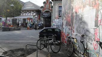 Die Stadt Bern subventioniert die Reitschule für weitere drei Jahre (Archiv)