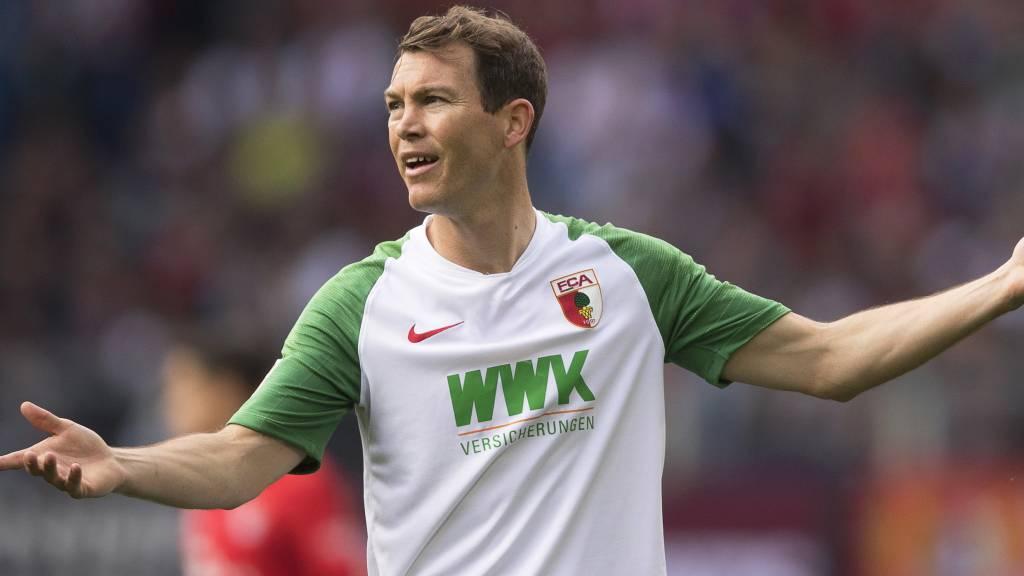 Lichtsteiner verlässt Augsburg nach einem Jahr wieder