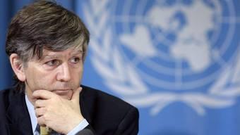Walter Kälin bekommt von der Uni Basel den Ehrendoktor verliehen - für sein Engagement für die UNO.
