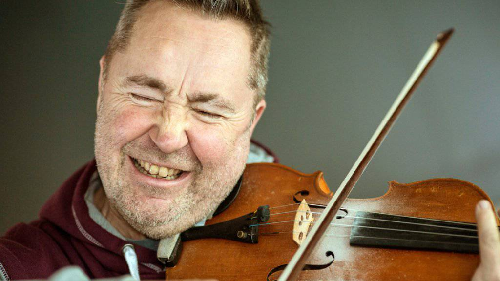 Nigel Kennedy wechselte mit Trennung der Eltern zur Geige
