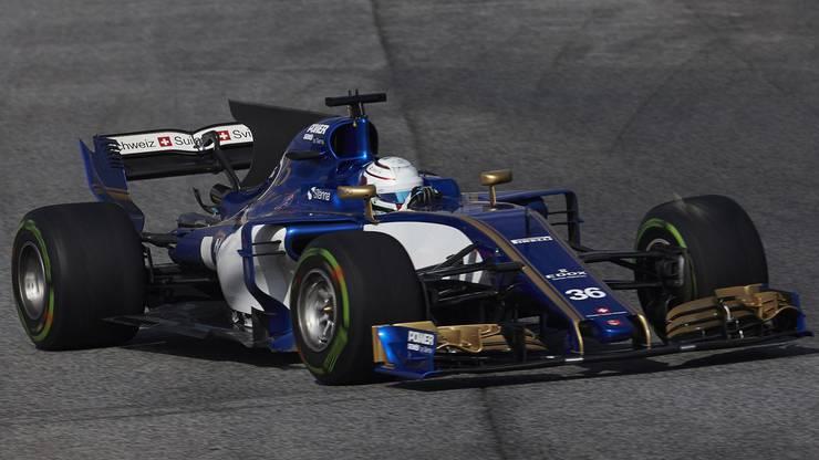 Die Hinwiler Truppe konnte ein Blamage in der letzten Saison gerade noch verhindern. Felipe Nasr, der mittlerweile wegen fehlenden Finanzmitteln nicht mehr im Team ist, konnte in Brasilien zwei Punkte holen. Mit Pascal Wehrlein hat man aber einen adäquaten Ersatz gefunden.