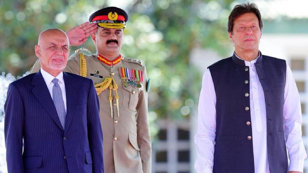 Der afghanische Präsident Aschraf Ghani und der Pakistanische Ministerpräsident Imran Khan wollen gemeinsam in die Zukunft schauen.