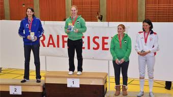 Laura Stähli (2.v.l.) setzt sich ein grosses Fernziel in ihrer Karriere: die Olympiateilnahme.