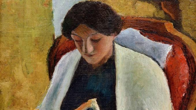 Das Gemälde ist schon 110 Jahre alt, aber friedlich lesend alles rundum zu vergessen, kennen und lieben wir bis heute. August Macke porträtierte für «Lesende Frau im roten Fauteuil» (44 × 36 cm) seine Frau Elisabeth.