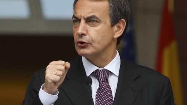 Jose Luis Zapatero kündigt drastisches Sparprogramm an (Archiv)