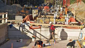Die Bauten für den Swissfel im Würenlinger Unterwald kommen gut voran. Ab 2015 folgt das komplexe Innenleben.