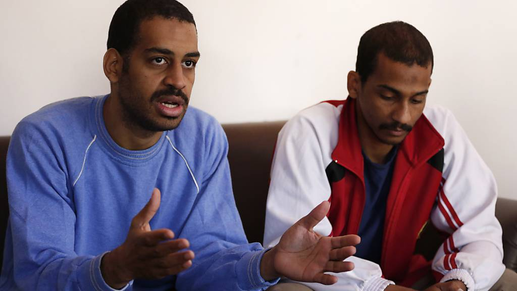 ARCHIV - Alexanda Kotey (l) und El Schafi Elscheich wird vorgeworfen, Teil einer IS-Terrorzelle gewesen zu sein, die mehr als zwei Dutzend Geiseln enthauptet hat. Foto: Hussein Malla/AP/dpa