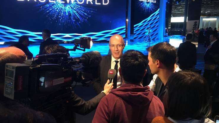Baselworld-Direktor Michel Loris-Melikoff schilderte an der Abschlussmedienkonferenz 2019 die Zukunft der Baselworld vor den Medien.