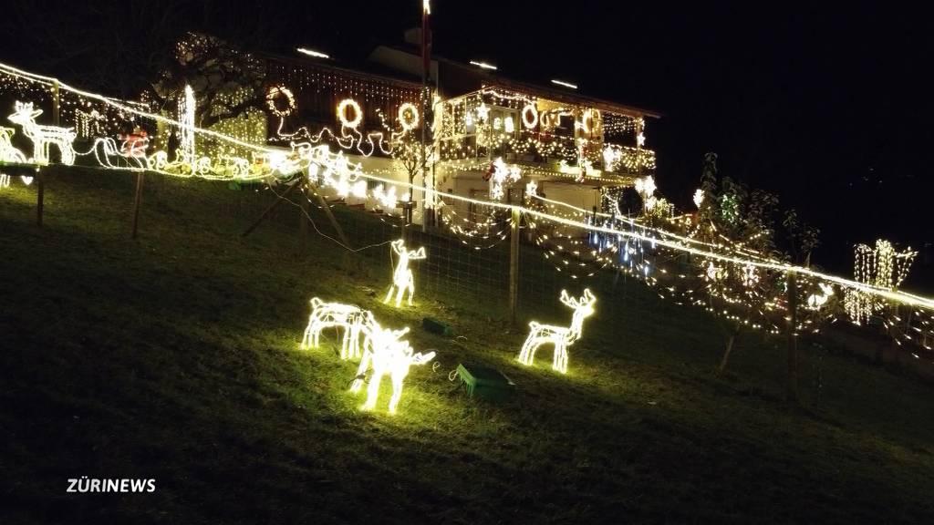 Weihnachtshaus in Unterägeri fasziniert Besucher