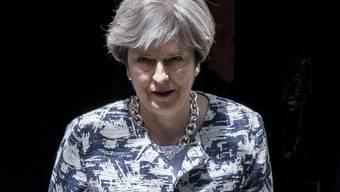 Die britische Premierministerin Theresa May hat am Montag im Unterhaus ein Papier zu den Rechten von EU-Bürgern nach dem Brexit veröffentlicht.