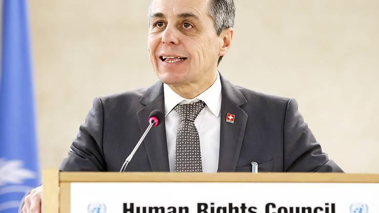 Bundesrat Ignazio Cassis setzt sich in Genf für die Menschenrechte ein.