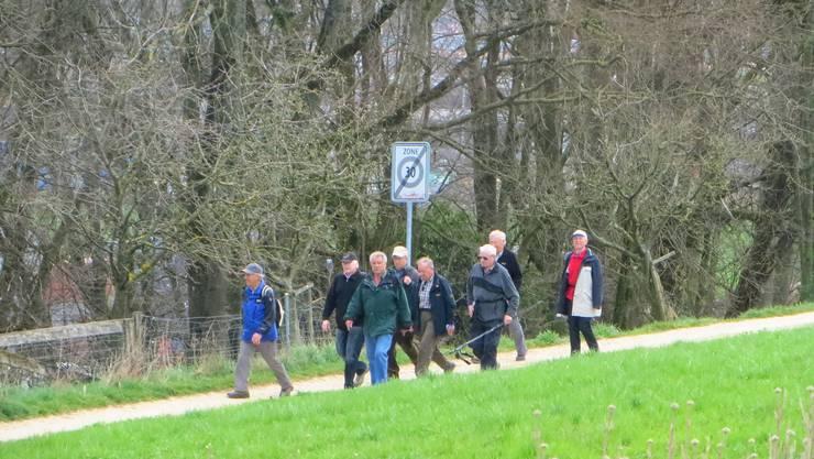 Der erste Teil der Wandergruppe von den Felsenheimern.