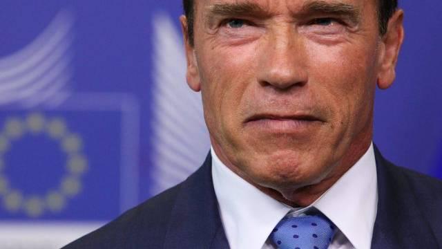 Schwarzenegger mag nicht auf seine Hummer verzichten (Archiv)