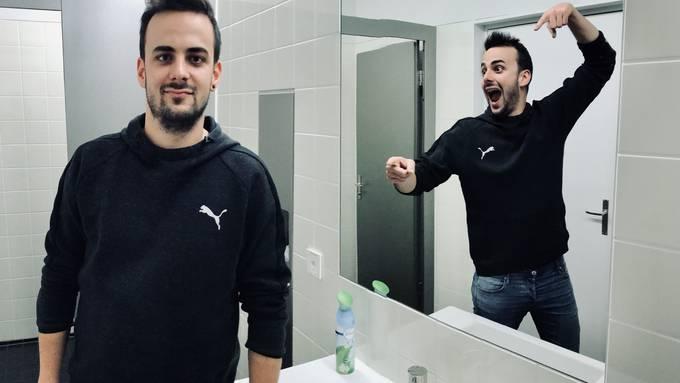 Mirror Selfie Upload 1