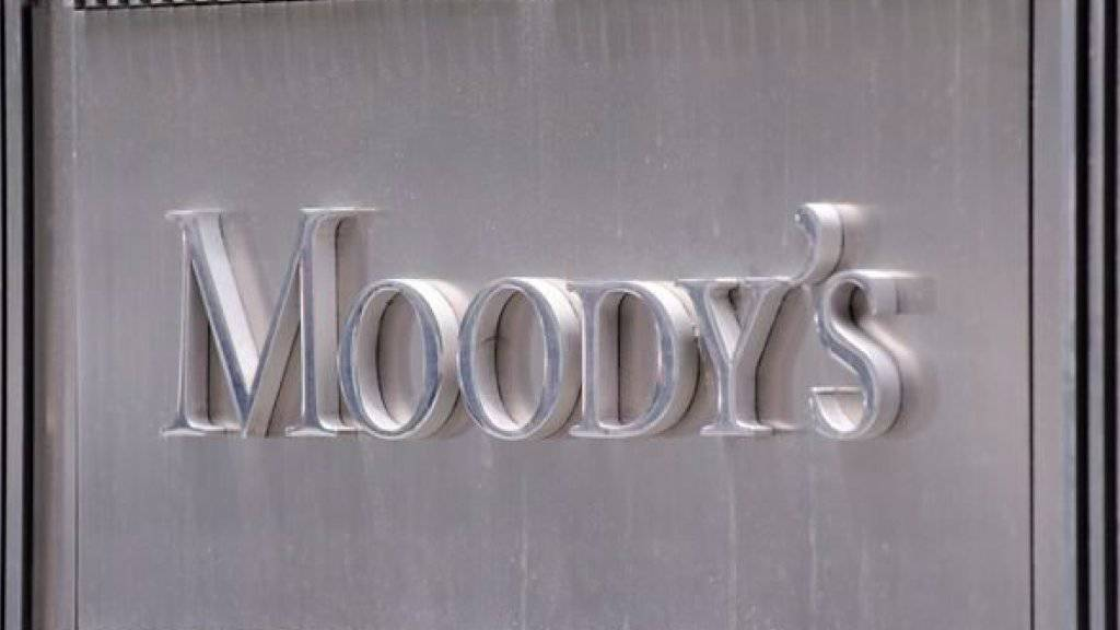 Moody's weist im Zusammenhang mit der Herabstufung der Kreditwürdigkeit auf die steigende Verschuldung Chinas hin.