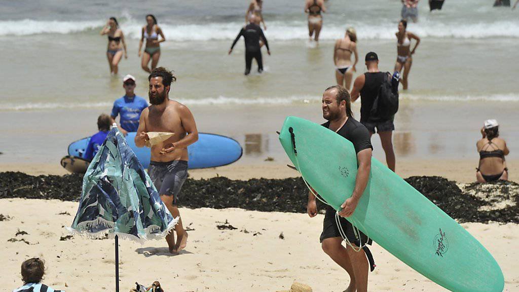 Wenigstens herrscht an Sydneys Stränden bestes Surf- und Badewetter (Archiv)