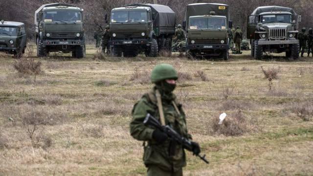 Russische Soldaten auf der Krim (Archiv)
