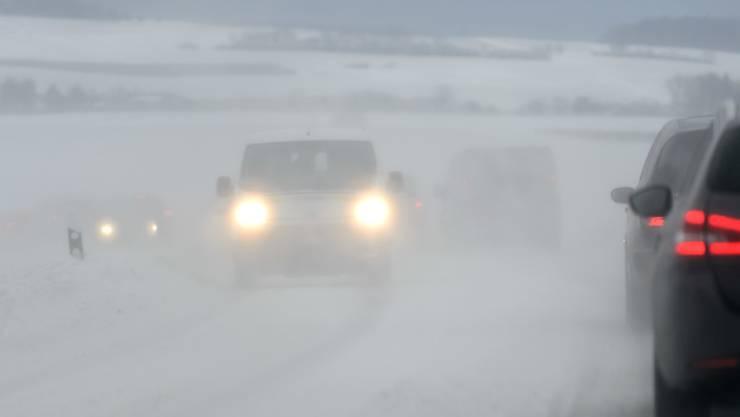 Schneesturm: Begnins VD schliesst am Freitag die Schulen aus Sicherheitsgründen. (Symbolbild)