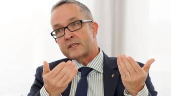 Im August 2013 leitete der zuvor neu gewählte Volkswirtschafts- und Gesundheitsdirektor Thomas Weber einen Analyse- und Strategieprozess ein. (Archiv)
